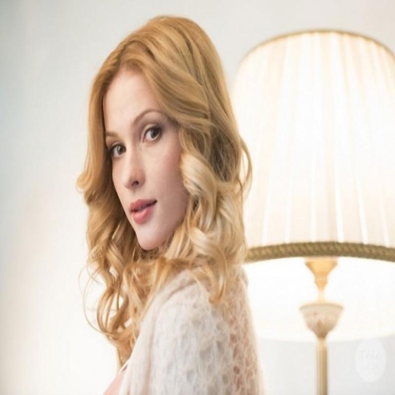 Светлана Иванова меняет актёрскую карьеру на семью
