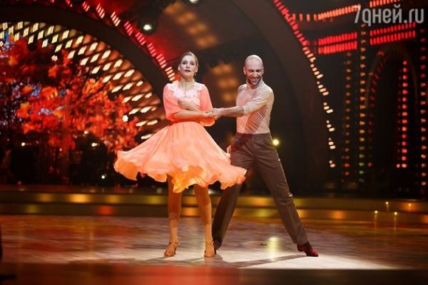 Победителями шоу «Танцы со звездами» стали Александра Урсуляк и Денис Тагинцев