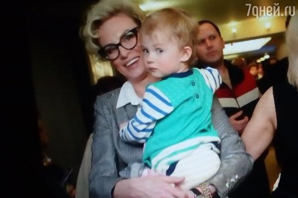 Гоша Куценко впервые вышел в свет с младшей дочерью