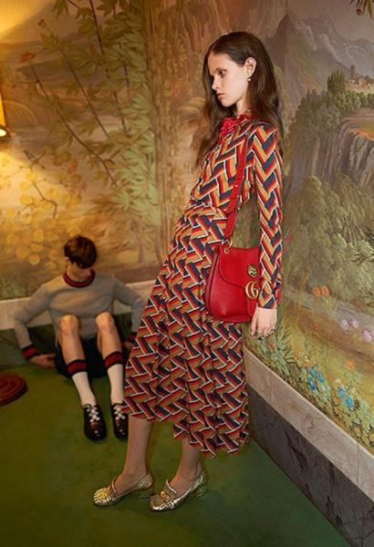 Модель Gucci раскритиковали за излишнюю худобу