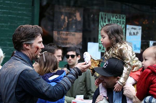 """Приключения Бенедикта Камбербэтча в Нью-Йорке: съемки фильма """"Доктор Стрэндж"""""""