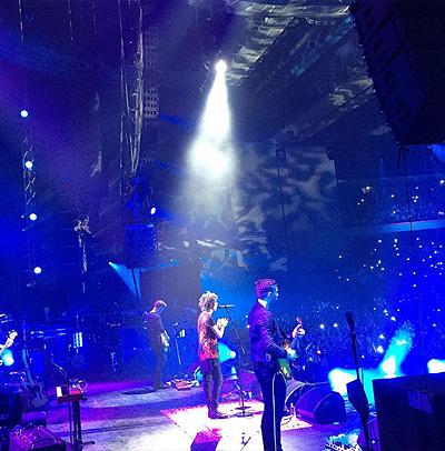 Земфира завершила гастрольный тур: Ксения Собчак, Мирослава Дума и другие звезды на концерте