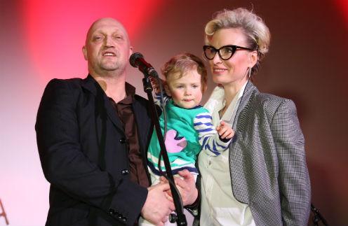 Гоша Куценко впервые вывел в свет маленькую дочь