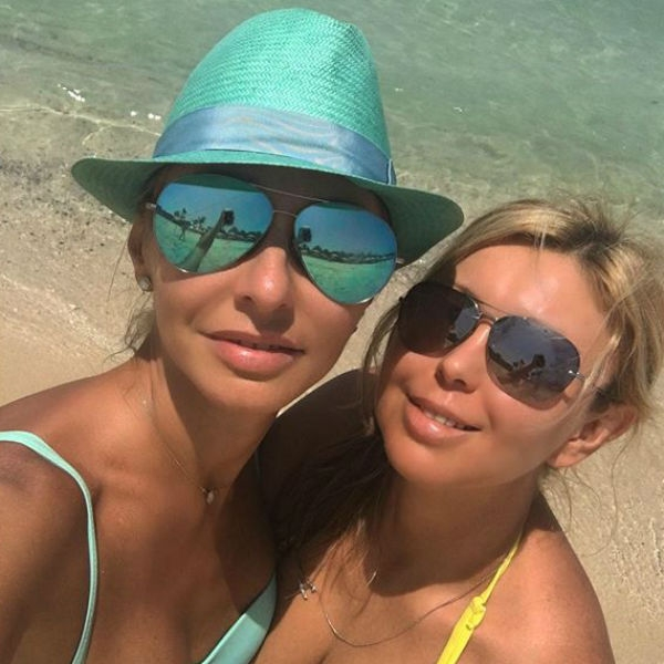 Татьяна Навка поделилась фотографиями с семейного отдыха