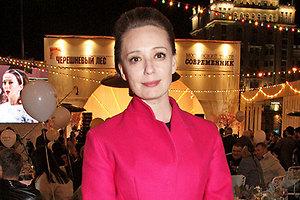 Ходченкова, Хазанова и Глаголева представили в Канне свои фильмы