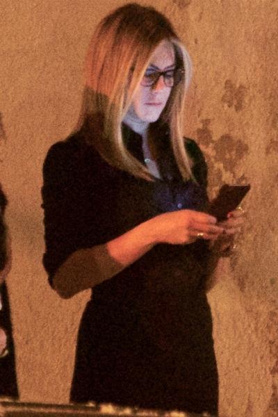 Дженнифер Энистон на съемочной площадке новогодней комедии