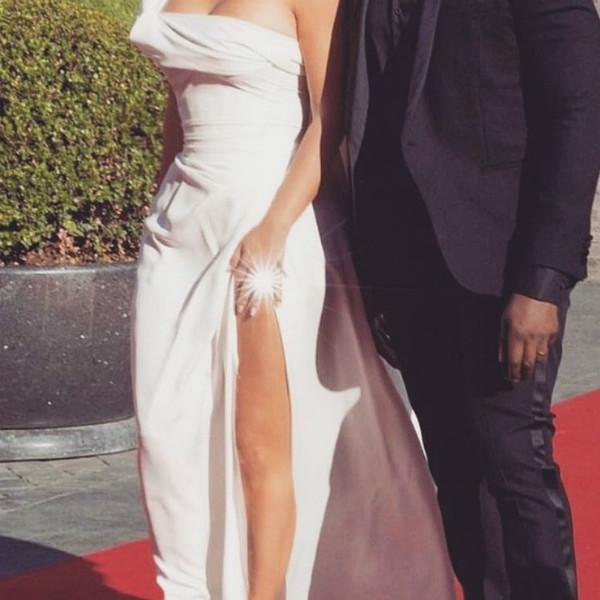 Ким Кардашьян поздравила мужа с годовщиной свадьбы