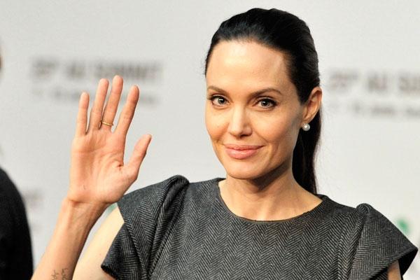 Анджелина Джоли возглавила рейтинг самых уважаемых женщин мира