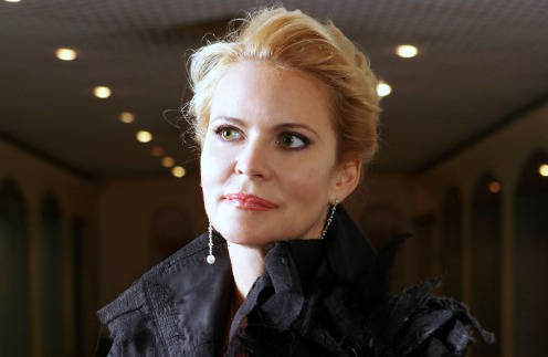 Алена Яковлева отменила спектакли из-за травмы