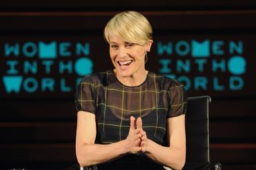 "Robin Wright for shooting ""house of cards"" were paid less than Kevin spacey"
