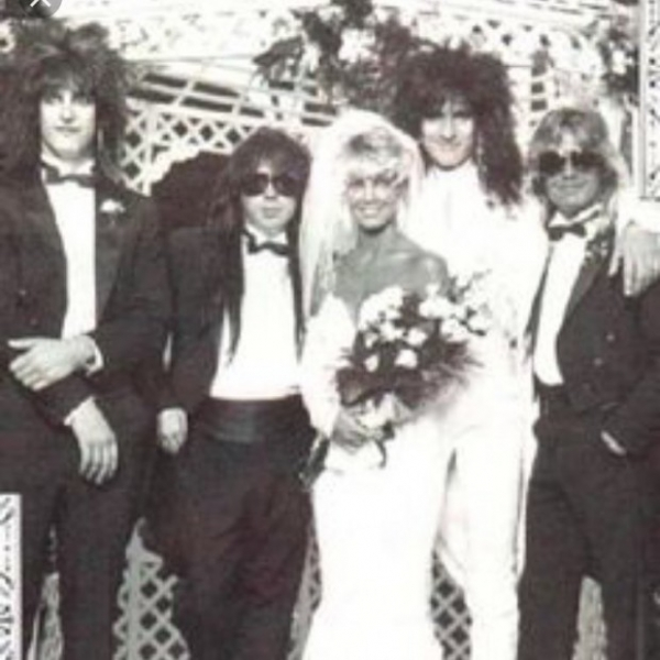 Хизер Локлир поздравила Томми Ли с годовщиной свадьбы