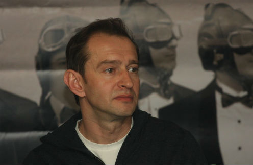 Константин Хабенский ищет ответы на острые вопросы