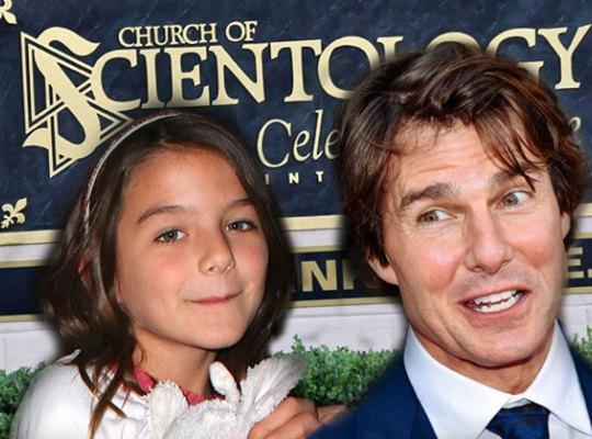 Том Круз планирует «изгнать демона» из дочери