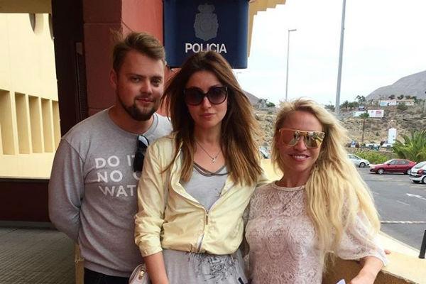 Анастасия Макеева на отдыхе угодила в полицейский участок