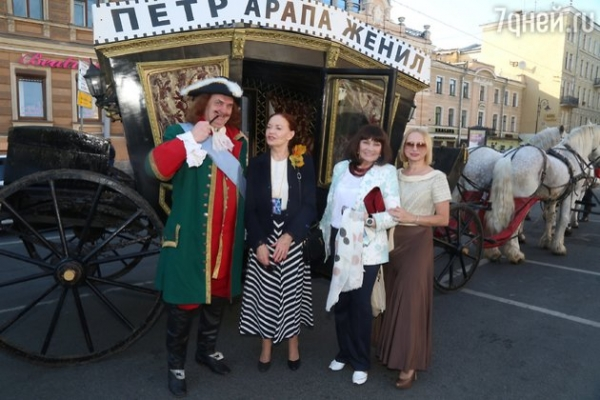 Юрий Кузнецов вывел в свет дочку-невесту