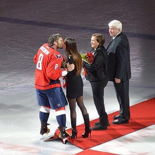 Овечкин отложил свадьбу из-за Кубка Стенли