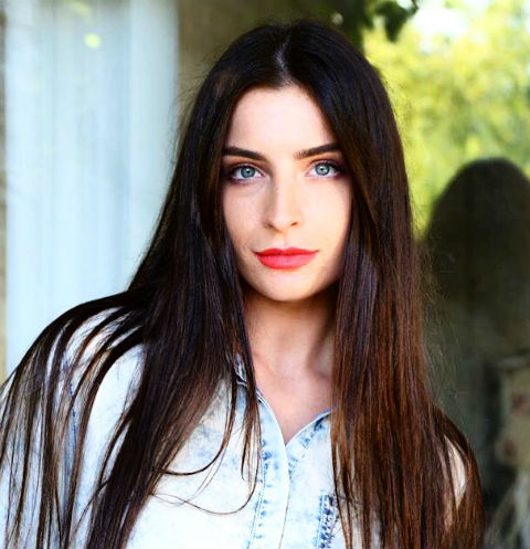 Участница «Холостяка» Яна Аносова: «Другая с Алексеем просто не уживется»