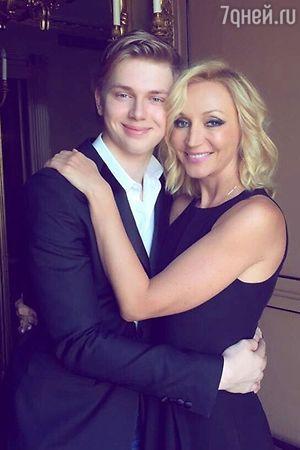 Младший сын Кристины Орбакайте отпраздновал совершеннолетие