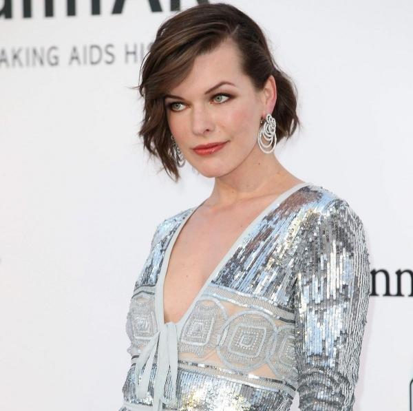 Восхитительная Мила Йовович почтила своим присутствием на Cinema Against AIDS