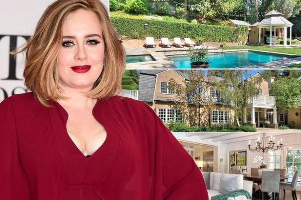 Адель купила дом в США