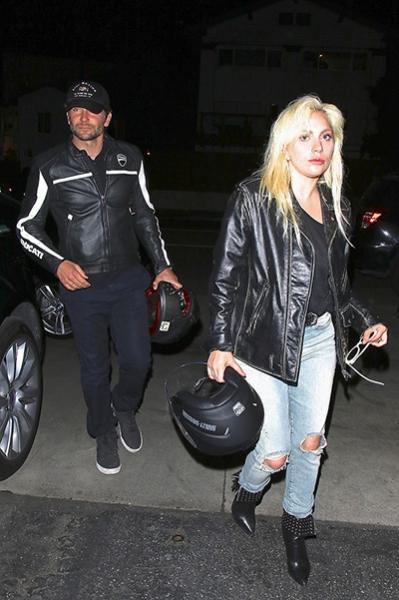 Леди Гага и Брэдли Купер поужинали вместе