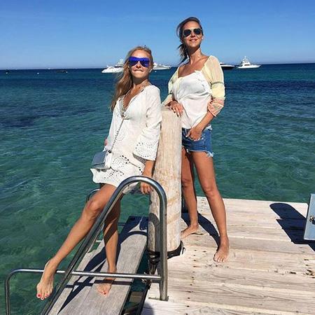 Татьяна Навка и Светлана Меткина на отдыхе в Сен-Тропе