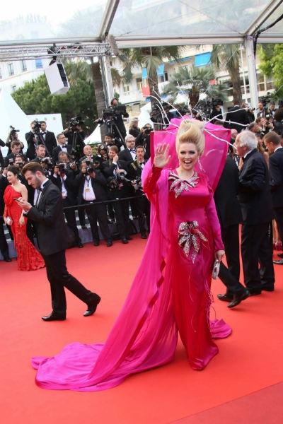 Лена Ленина привлекла внимание кинозвезд на Каннском фестивале
