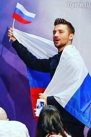 Олеся Судзиловская просит дать Сергею Лазареву звание народного артиста