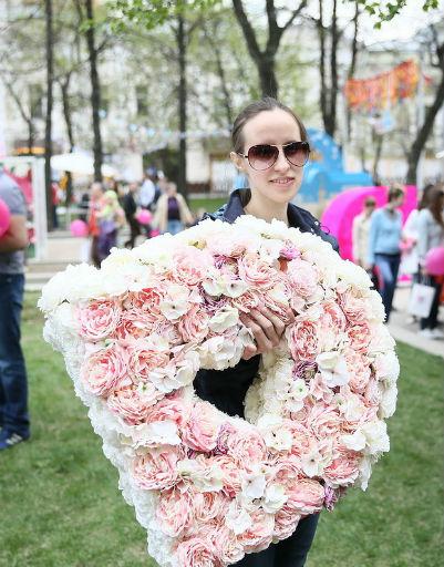 Дарья Пынзарь погуляла на празднике для беременных