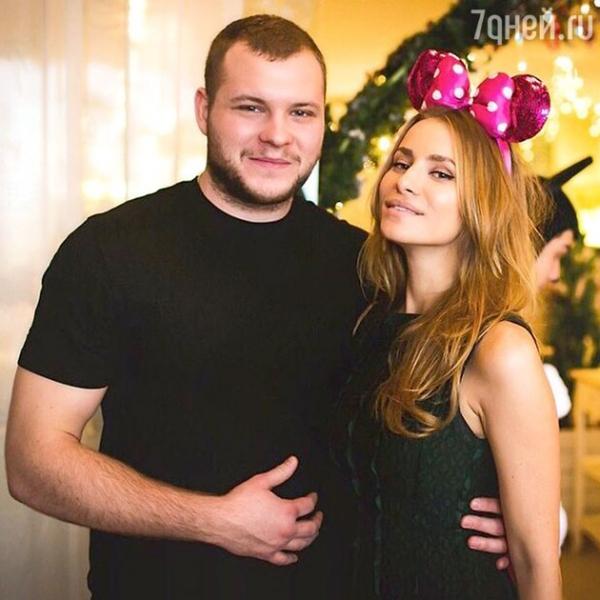 Бондарчук празднует годовщину свадьбы