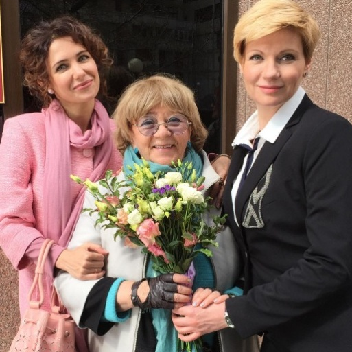 Дочь Александра Абдулова хочет стать звездой «Ютуба»
