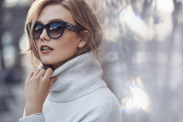 Swarovski назначил Карли Клосс официальным лицом своего бренда