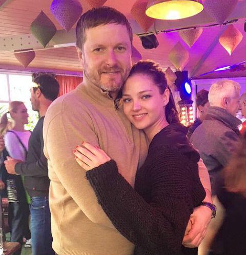Алеся Кафельникова заставила отца похудеть на 10 килограммов