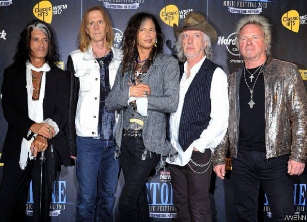 Aerosmith прокомментировали уход Стивена Тайлера из группы