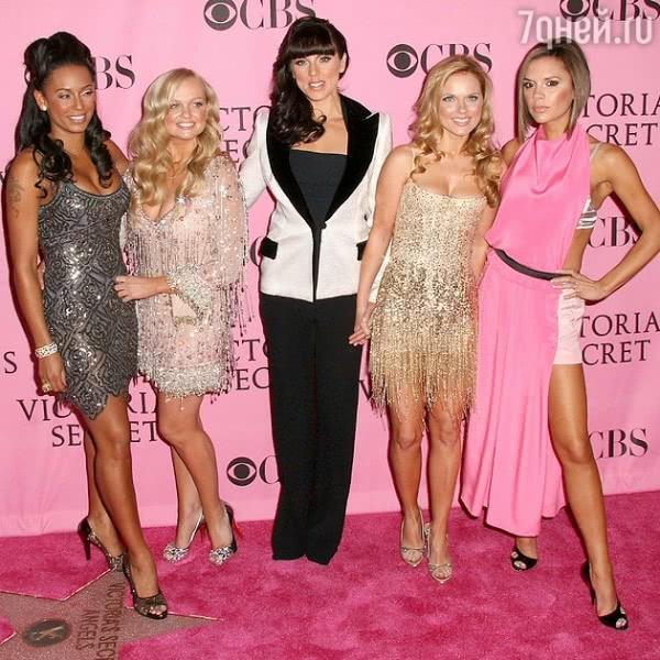 Виктория Бекхэм призналась, что коллеги  из «Spice Girls» мстили ей за ее популярность