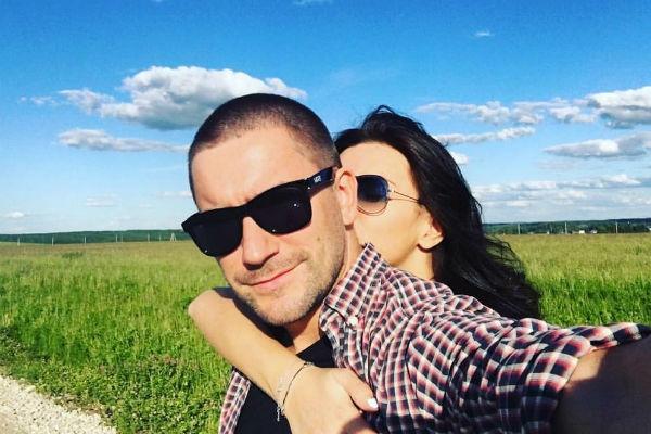 Катя Жужа наслаждается романтическим отдыхом с любимым