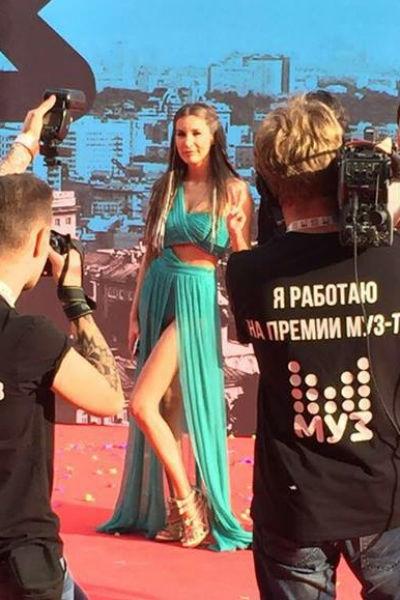 Звезды собрались на Премии МУЗ-ТВ-2016. Онлайн-трансляция