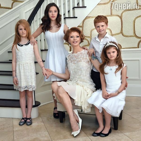 Амалия Мордвинова переехала в Америку вслед за дочерью