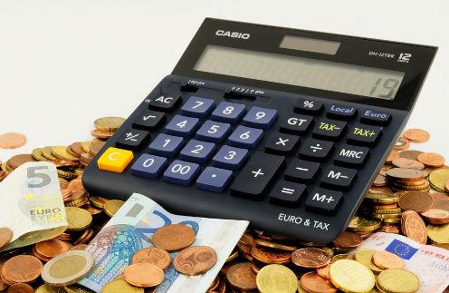 Деньгам - счет: на чем вынуждены экономить звезды в кризис