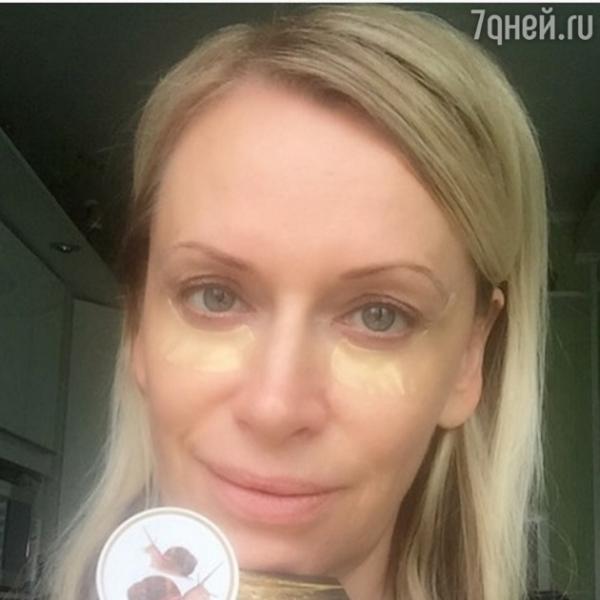 Наталья Гулькина пытается сохранить молодость