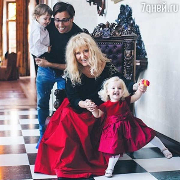 Снимок дочери Аллы Пугачевой и Максима Галкина взорвал Интернет