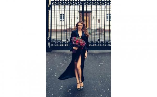 Водонаева повторила модный промах Джоли на свадьбе Ермолаевой