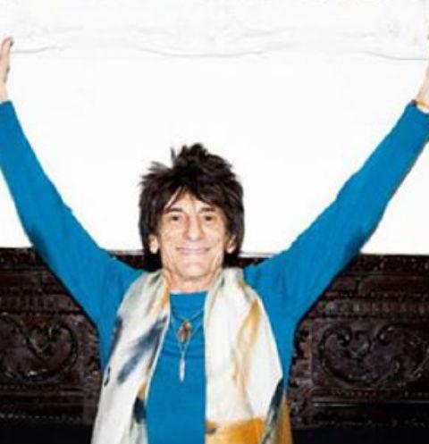 Супруга 68-летнего гитариста The Rolling Stones родила двойню