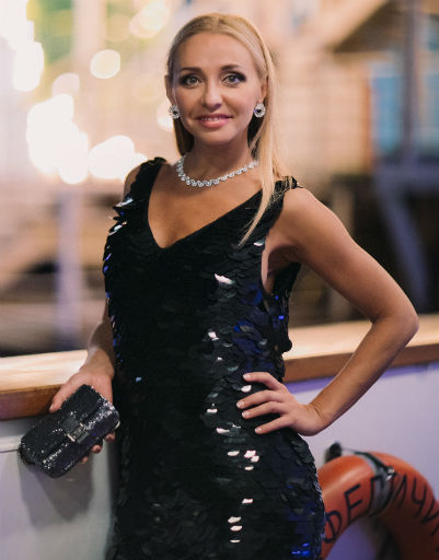 Татьяна Навка произвела фурор на вечеринке Chopard