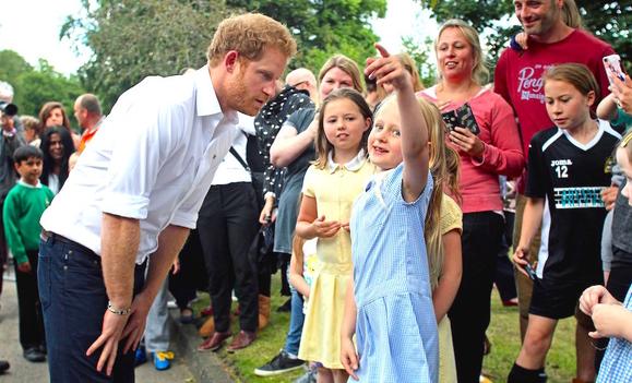 6-летняя девочка сделала предложение принцу Гарри