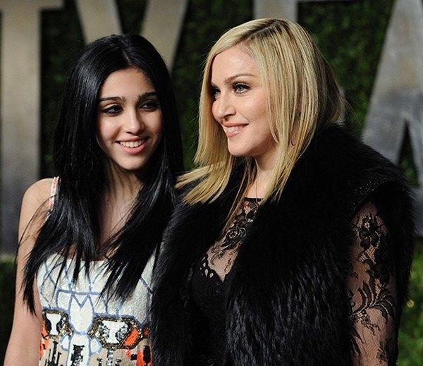 Мадонна поделилась с поклонниками ретро-фото