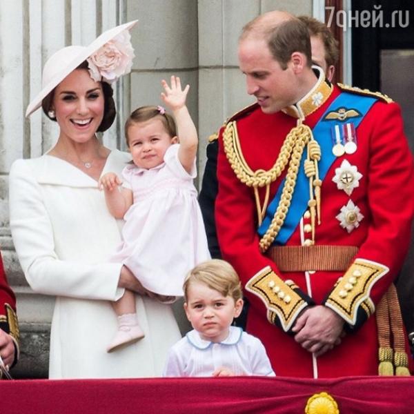Принцесса Шарлотта стала звездой дня рождения королевы