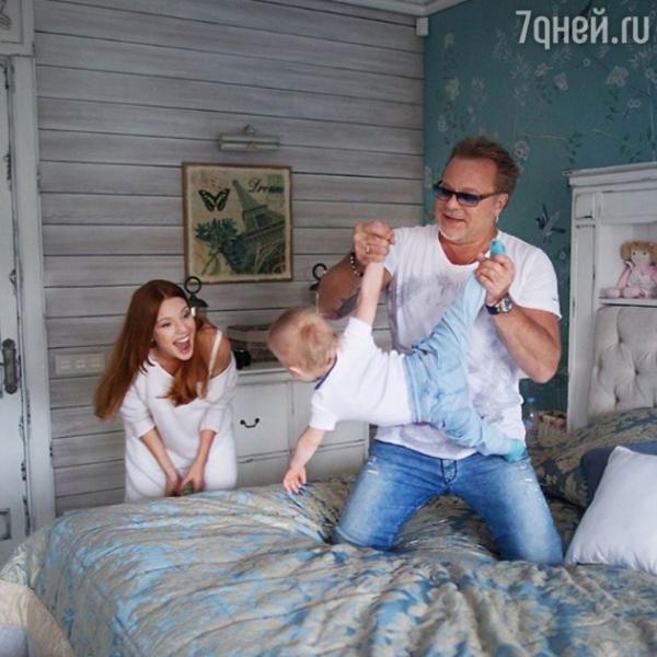 Наталья Подольская трогательно поздравила сына