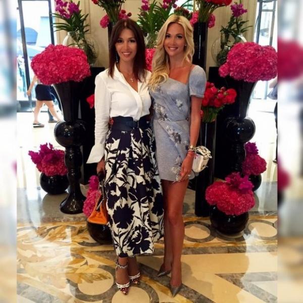 Тимати и Виктория Лопырева похвастались своими молодыми мамами