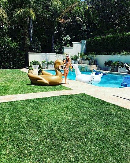 София Вергара выложила в блог фото в купальнике